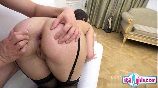 Sexo com novinha amadora em porno enteada