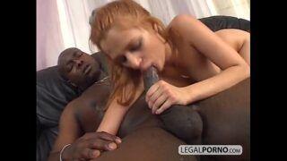 Mulher gostosa em sexo ebony anal