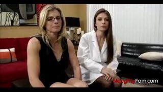 Novinha nua em video de sexo caseiro