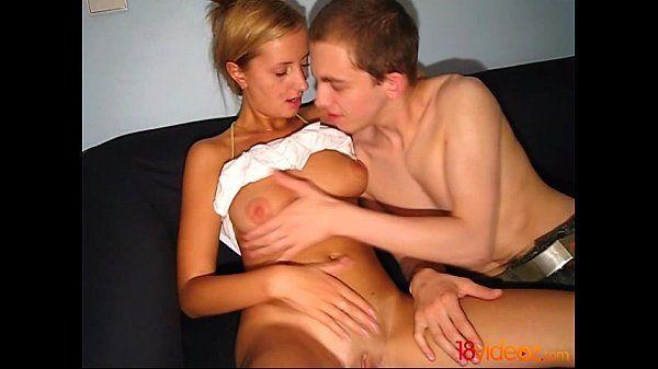 Sexo amador com mulher gostosa em porncom