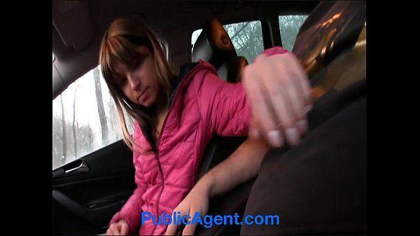 Fodendo a novinha gostosa no xvideos carro