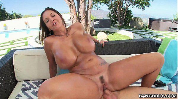 Sexo anal com rabuda tarada
