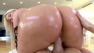 Video de sexo com coroa peituda